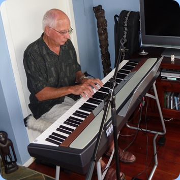 John Perkin jammed-along with the other keyboard players and using the Club's Korg SP-250 digital piano