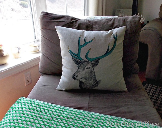 Deer Pillow1