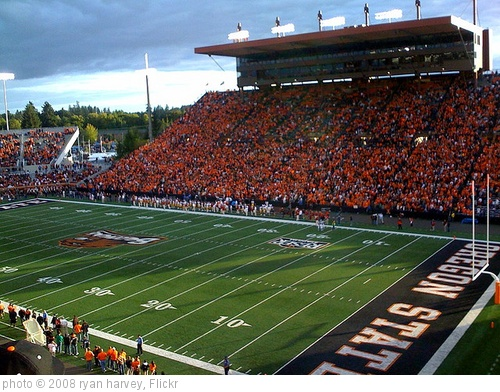 'Oregon State Football Game -- Upset #1 USC' photo (c) 2008, ryan harvey - license: http://creativecommons.org/licenses/by-sa/2.0/