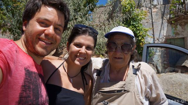 Με την κυρία Ελένη στο χωριο Μυρμήγι