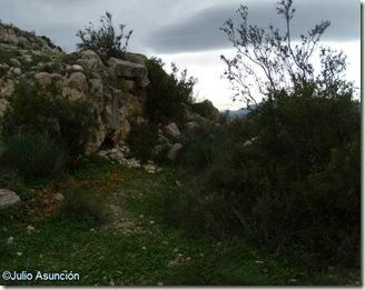 Foso del poblado del Bronce de la Serra Grossa - Alicante