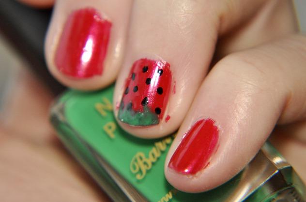 NOTD nail art strawberry barrym opi mua