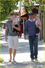 neil-patrick-harris-david-burtka-twins-fathers-day-02