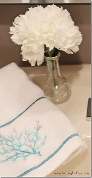 Bathroom Decor Tip - Hang pretty towels