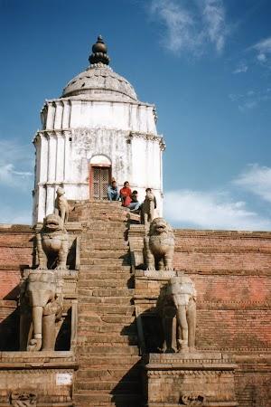 Imagini Nepal: Templu Bkaktapur.jpg