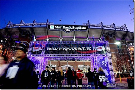baltimore_ravens_M&T_bank_stadium_ravenswalk