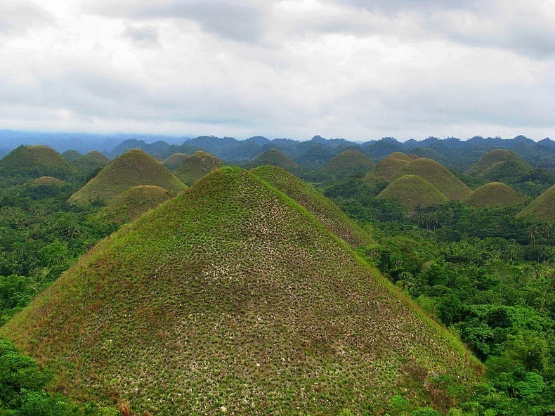 chocolate-hills-bohol-5