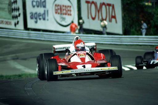 Niki Lauda(AUT) Ferrari 312T2,