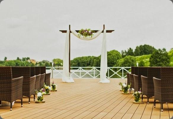 outdoor ceremony site  marymoon.ru photo and flowerbazar602006_542839532453612_300536786_n
