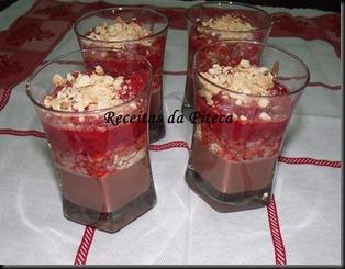 Trifle rápido de bolacha e chocolate