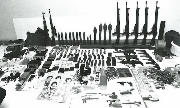 Archive photo d'une saisie d'armes de ETA