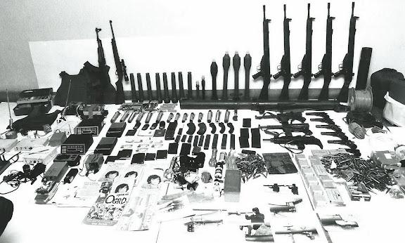 Archive photo d'une saisie d'armes de ETA