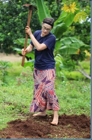 Edi digging heaps MON