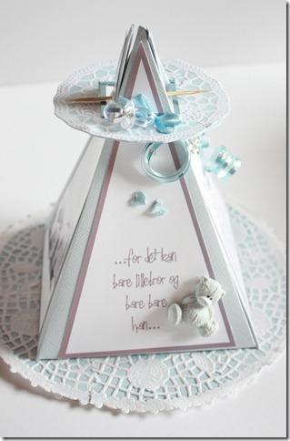 Dåpsinvitasjoner pyramide kort invitasjon baby blå IMG_1673