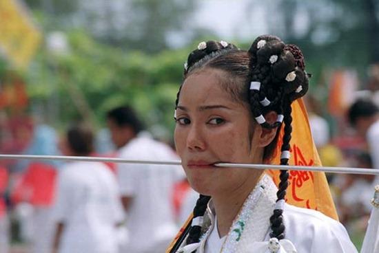le-hoi-an-chay-phuket (10)