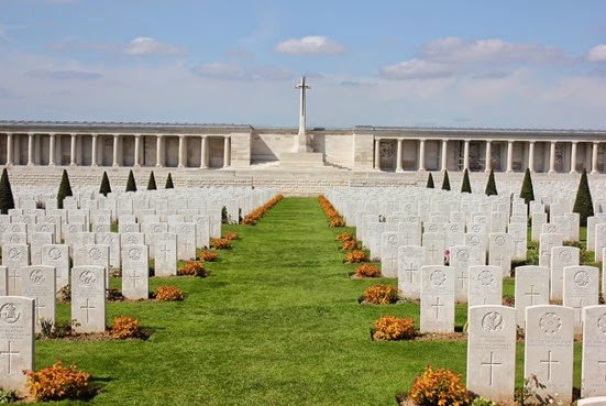 10_04_2014-14_05_53-1888Poziere graves