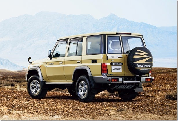 0006-toyota-land-cruiser-70-54-1