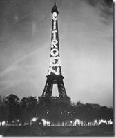 0704 publicité lumineuse Citroën sur la Tour Eiffel