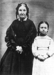Louisa B. Pratt with granddaughter Ida Francis Hunt