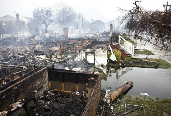 hurricane-superstorm-sandy-hits-burned-homes-breezy-point_60720_600x450