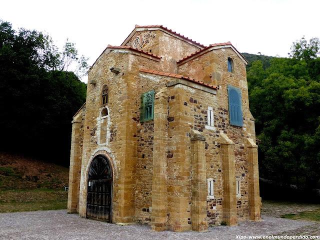 iglesia-san-miguel-de-lillo-oviedo.JPG