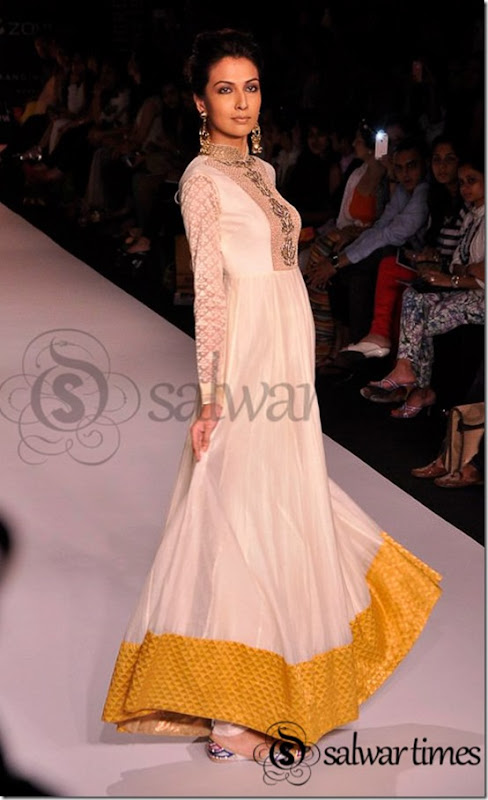 Payal_Singhal_Lakme_Fashion_Week_Summer_Resort_2013 (1)