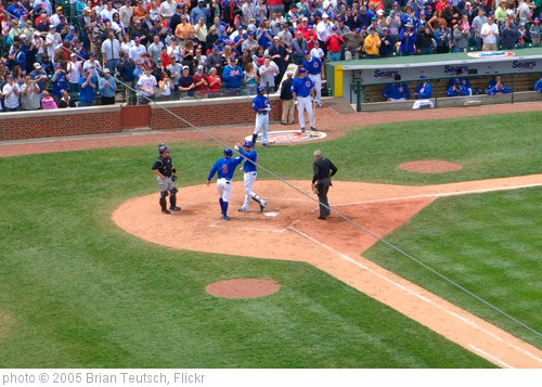 'Home Run!' photo (c) 2005, Brian Teutsch - license: https://creativecommons.org/licenses/by/2.0/