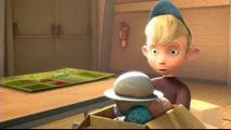 12 le jeune garçon blond