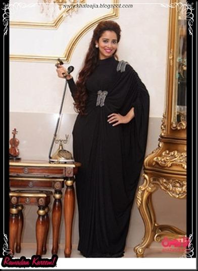 khaleejia.blogspot.com_khaleeji_abaya_styles008