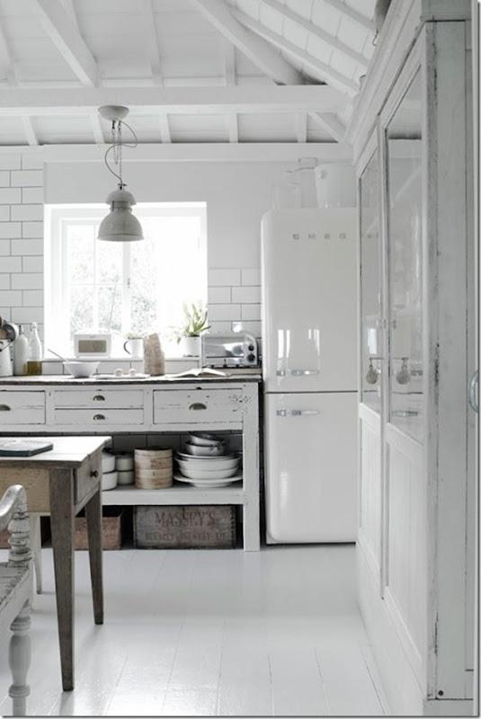 10 cucine bianche un po\' shabby - Case e Interni
