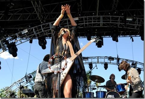 2012 Coachella Music Festival Day 2 T-Tea2Fz-ZHl