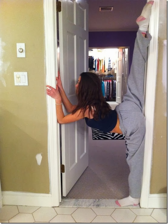 wall-split-girls-070