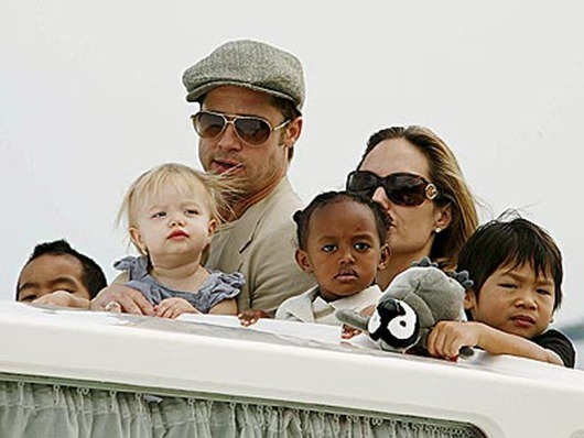 Brad Pitt and Angelina Jolie Kids by cool wallpapers (4)