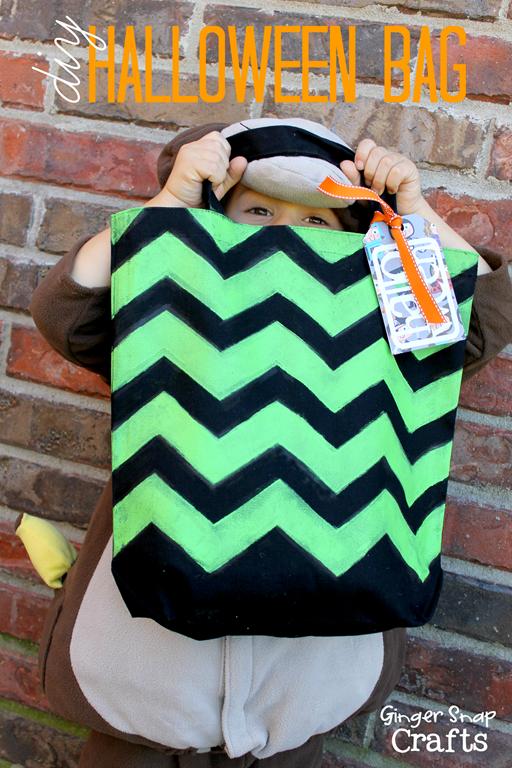 diy Halloween bag with Cutting Edge Stencils #spon #tutorial #chevron #stencil