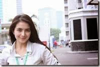 09Foto Artis Selebriti Indonesia Ida Ayu Kadek Devie __uPbY__ FotoSelebriti.NET