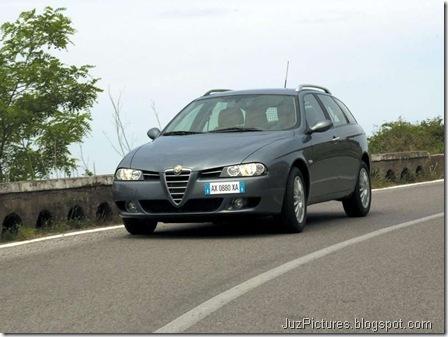 Alfa Romeo 156 Sportwagon 2.0 JTD (2003)9