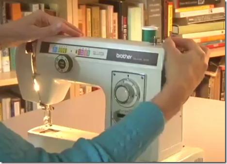 Como enhebrar una máquina de coser Brother 8015