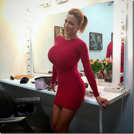 skin-tight-dresses-023