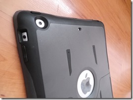 Otterbox iPad Reflex ipad buttons and camera port