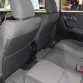 2013-Toyota-Auris-5.jpg