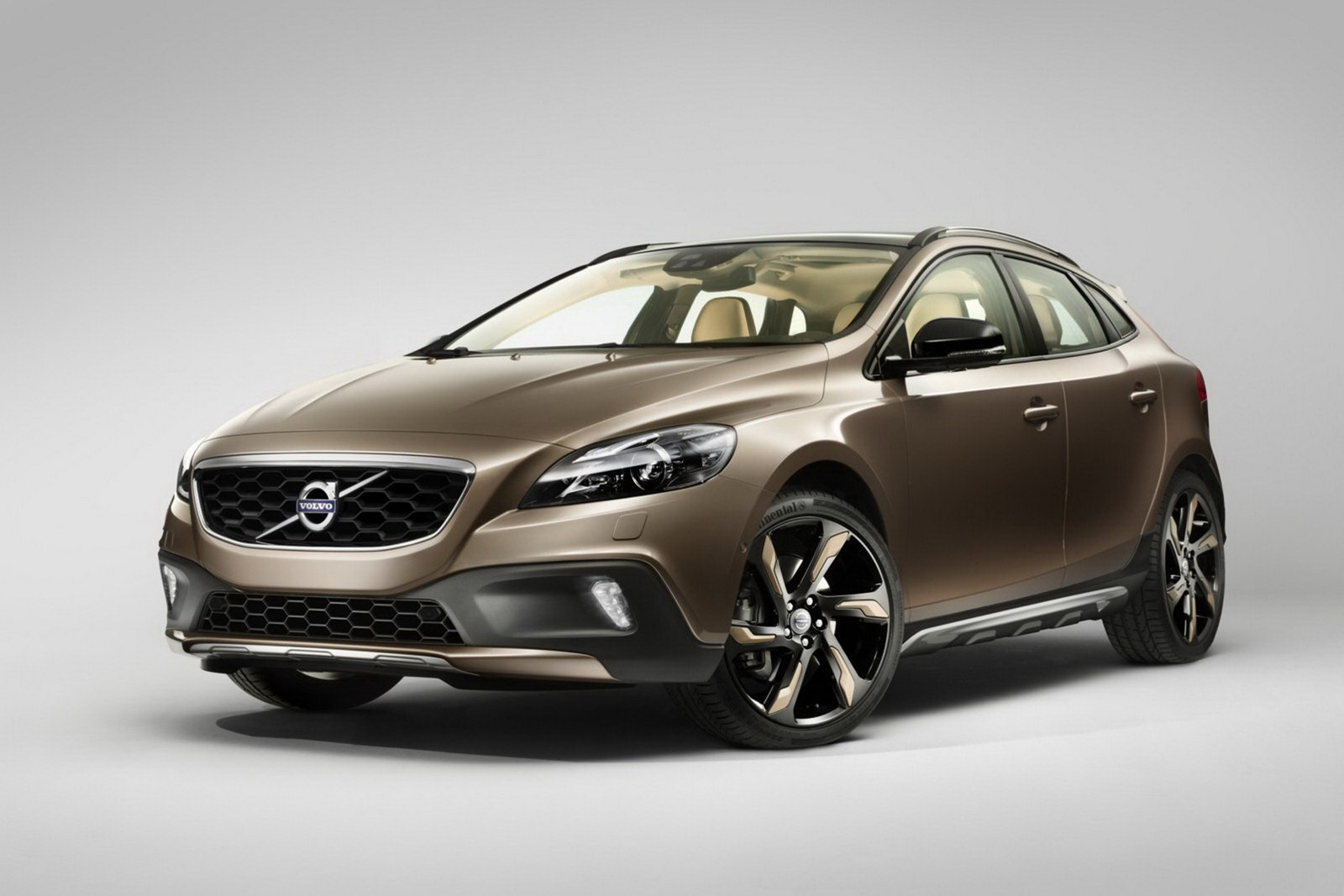 ufficiale volvo v40 cross country. Black Bedroom Furniture Sets. Home Design Ideas