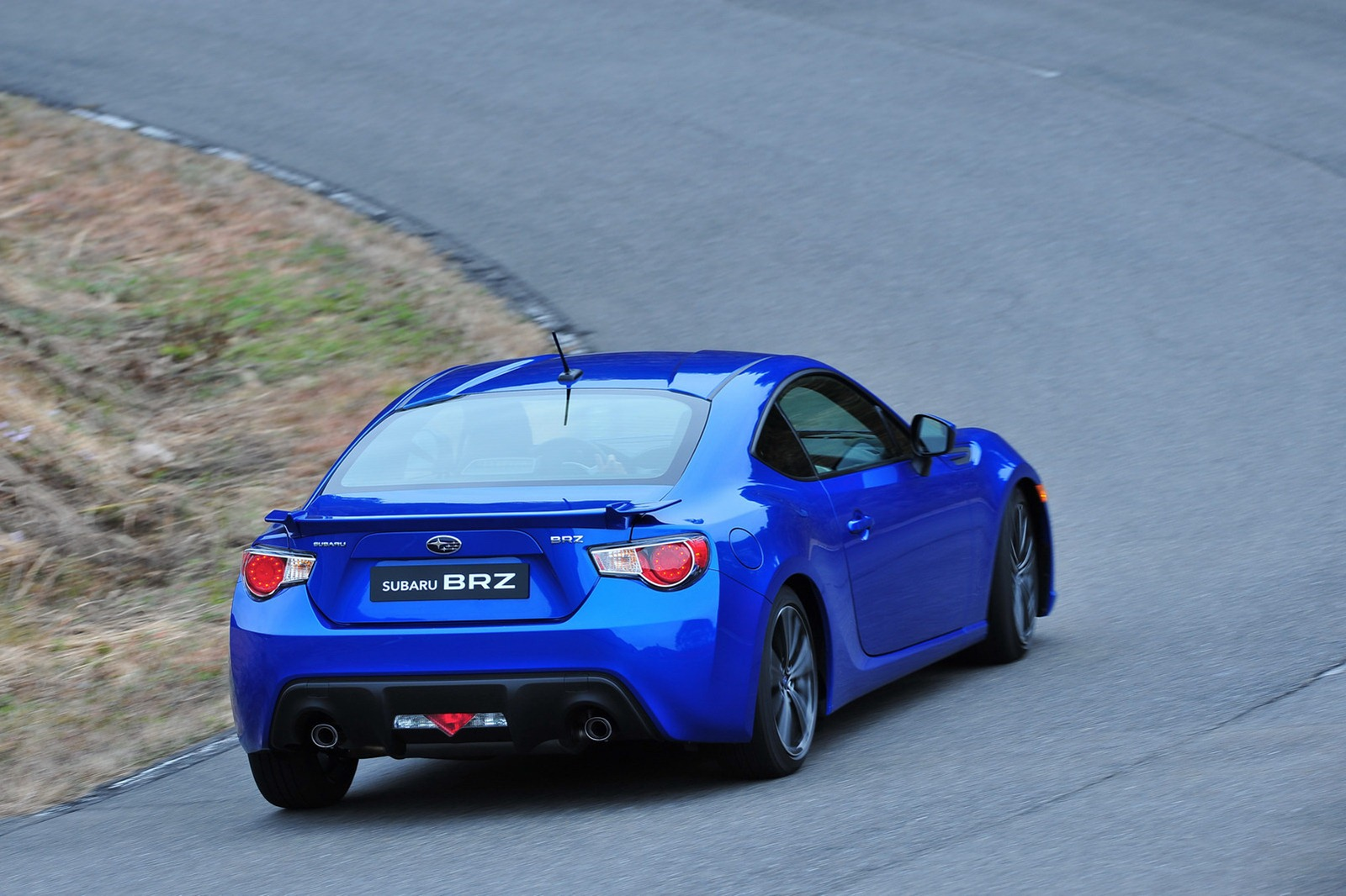 2013-Subaru-BRZ-Coupe-19.jpg?imgmax=1800