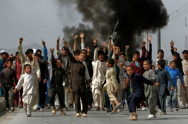 Afghans Protest