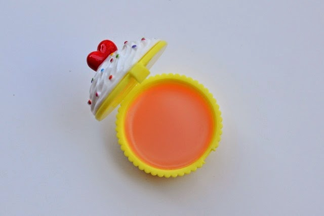 Holika Holika Dessert Time Lip Balm in Peach Cupcake