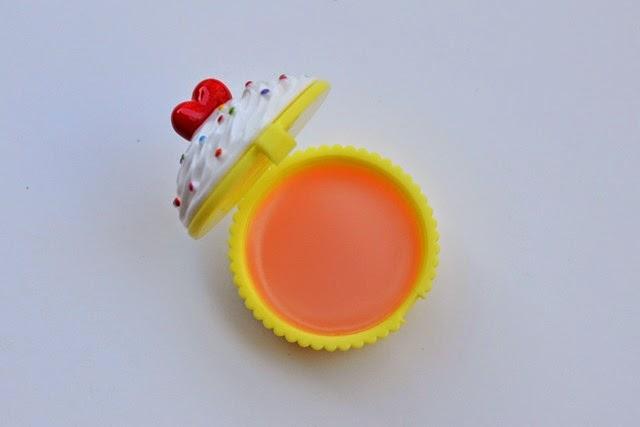 Holika Holika Dessert Time Lip Balm in Peach Cupcake