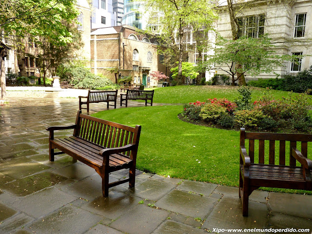 postman-park-london.JPG