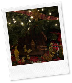 Nativity under tree