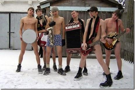russian-winter-fun-024