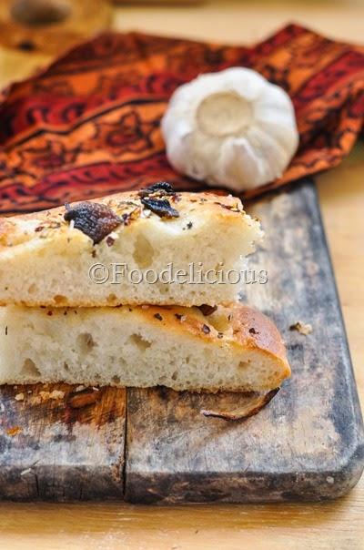 Foodelicious-Onion & Mushroom Focaccia