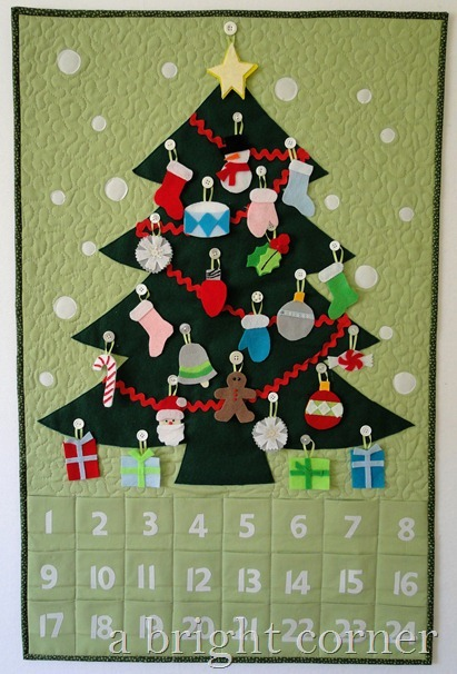 Quilted advent calendar with felt ornaments